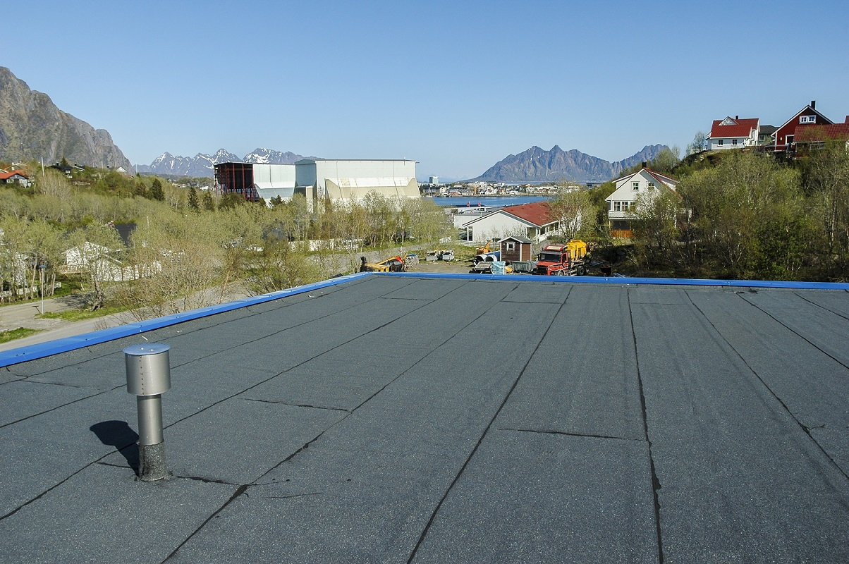 Does Your Flat Roof Need Replacement